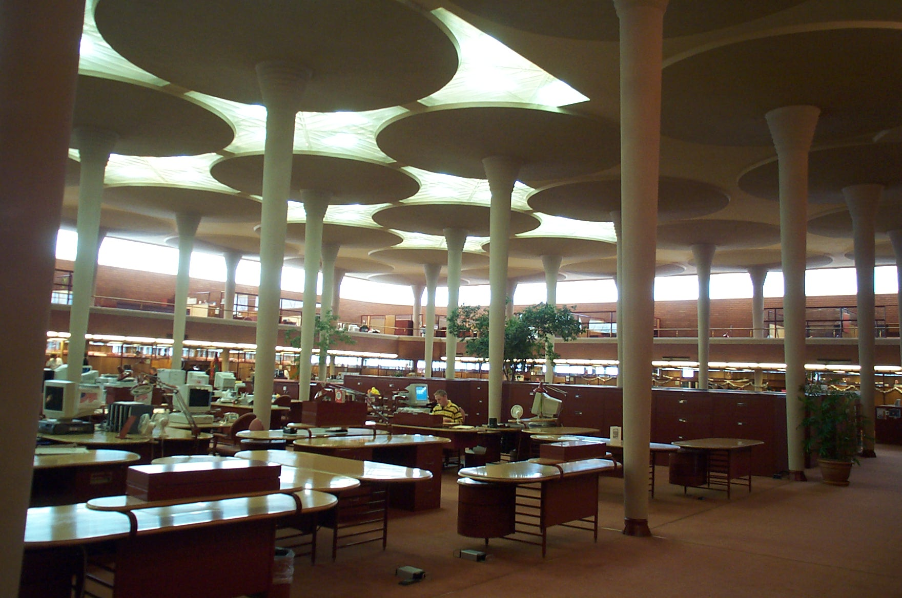 Johnson Wax inside bldg
